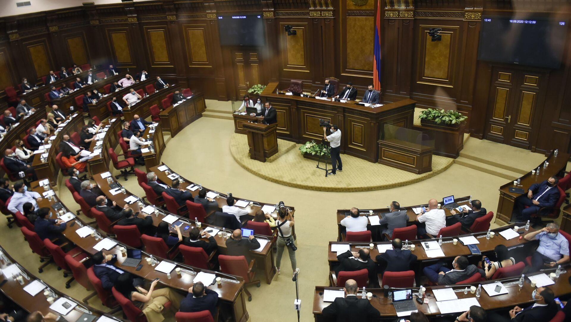 Parlement arménien - Sputnik France, 1920, 26.08.2021