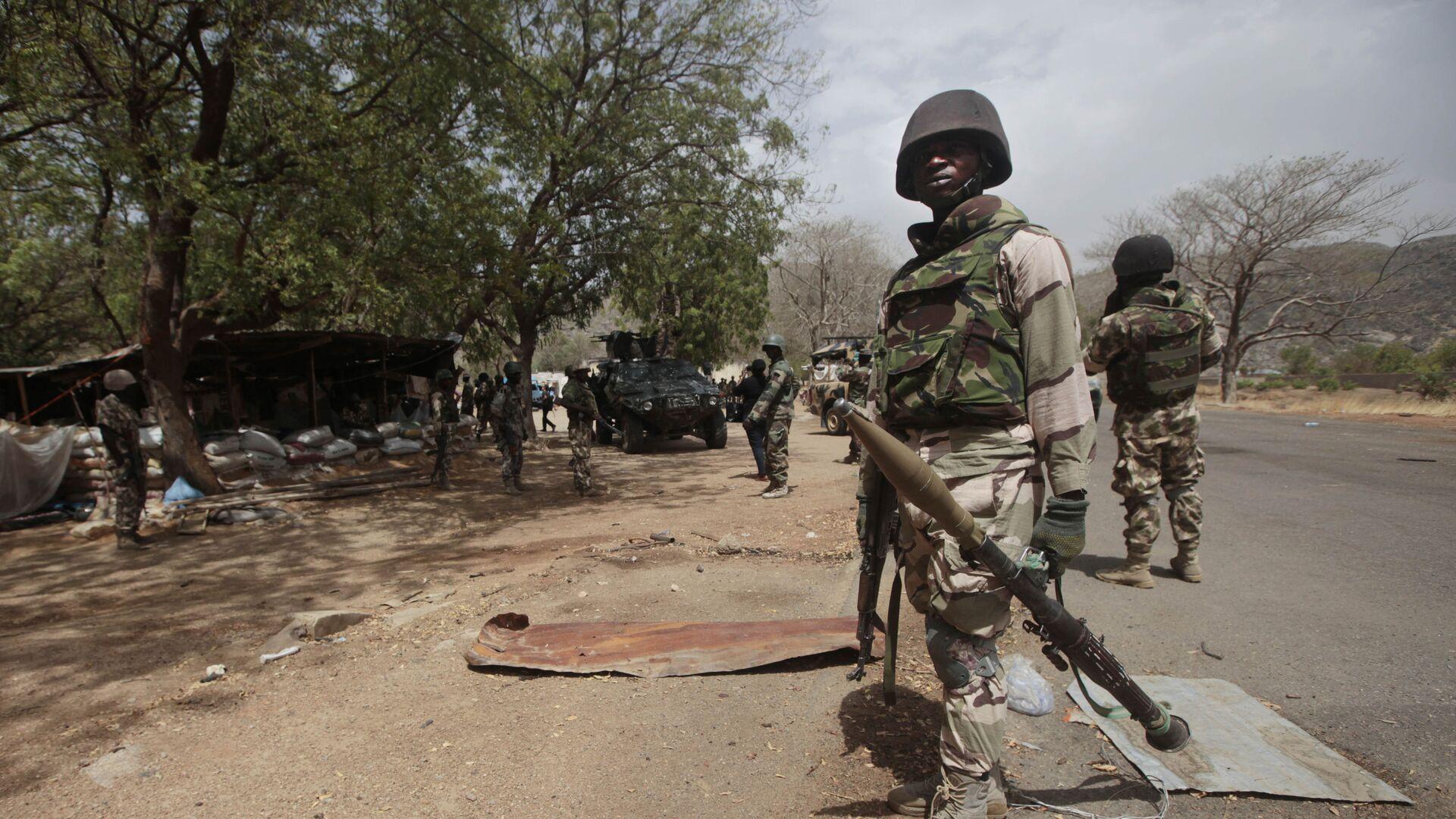 Des soldats nigérians à un poste de contrôle de Gwoza, au Nigeria - Sputnik France, 1920, 16.09.2021