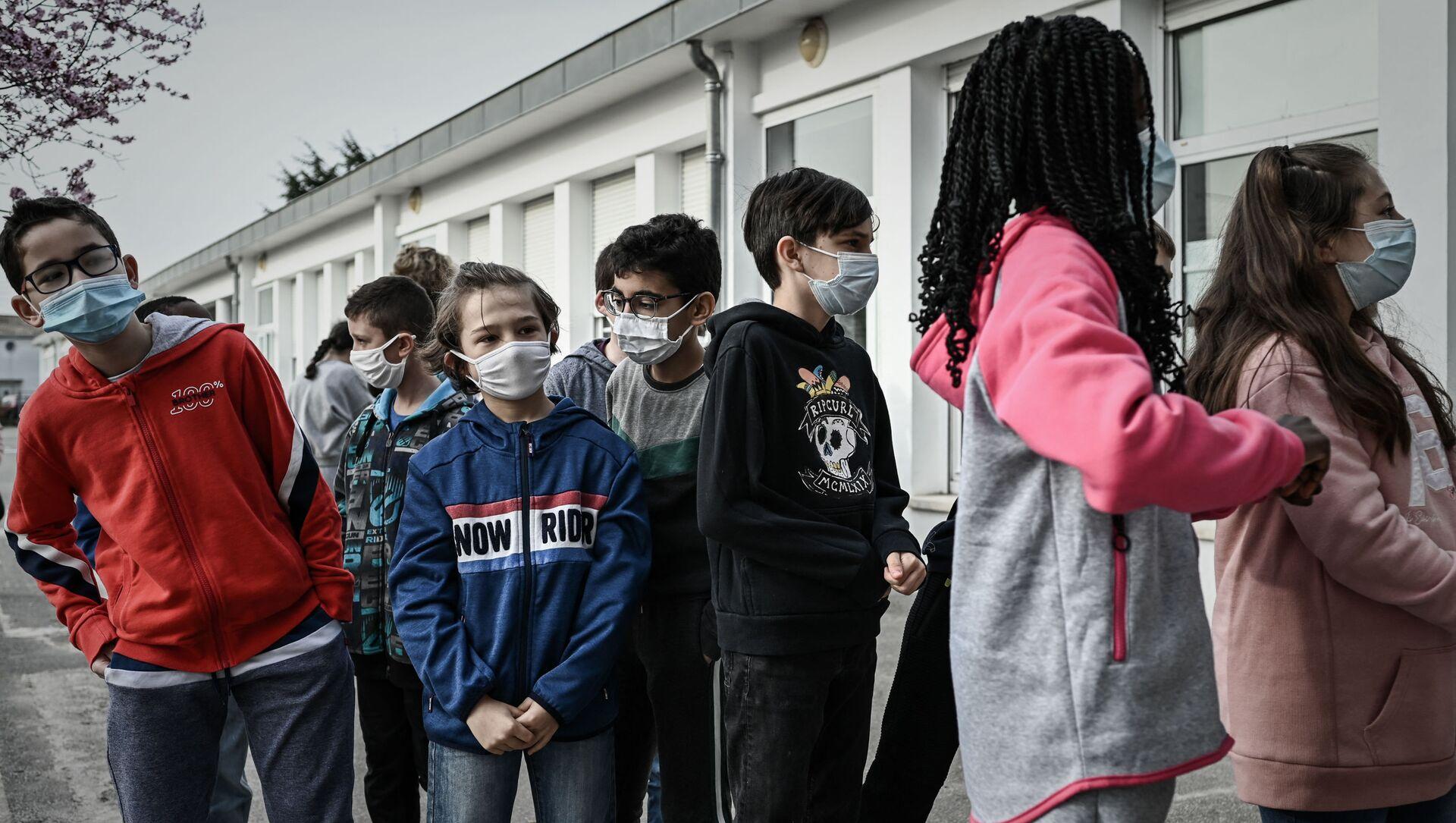 Des élèves à Bordeaux - Sputnik France, 1920, 02.09.2021