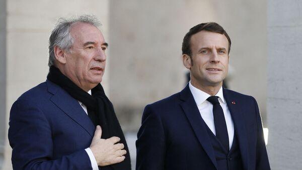 Le Président de la République Française Emmanuel Macron et le Haut-commissaire au Plan François Bayrou à Pau, janvier 2020 - Sputnik France