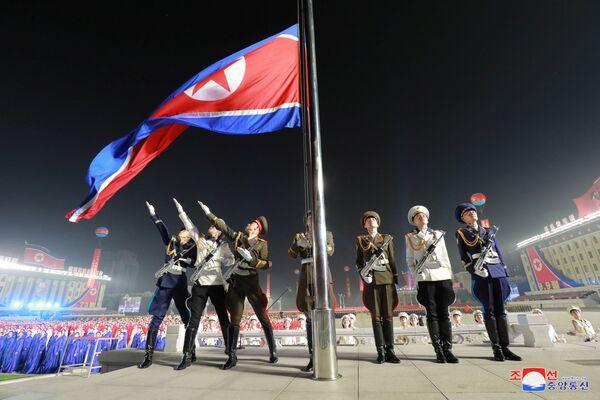 Pyongyang a accueilli un défilé militaire nocturne dédié au 73e anniversaire de la fondation de la RPDC, célébré le 9 septembre, a rapporté l'Agence centrale de presse coréenne (KCNA). - Sputnik France