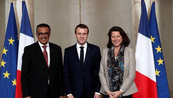 Le Président de la République française Emmanuel Macron, le directeur de l'Organisation mondiale de la Santé Tedros Adhanom Ghebreyesus et l'ex-ministre de la Santé Agnès Buzyn, janvier 2019 - Sputnik France