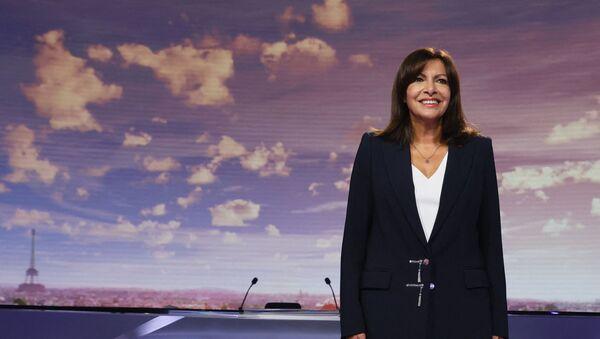 La mairie de Paris et candidate à la présidentielle 2022, Anne Hidalgo, sur le plateau de France 2 le 12 septembre 2021 - Sputnik France
