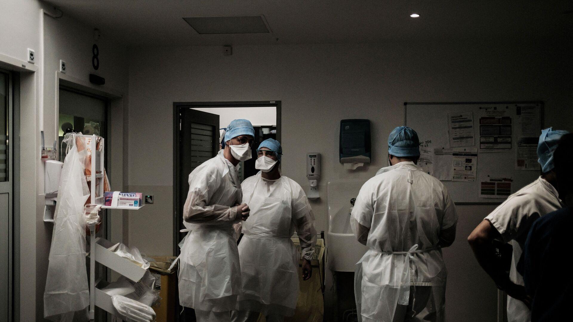 Des soignants dans un hôpital français - Sputnik France, 1920, 20.09.2021