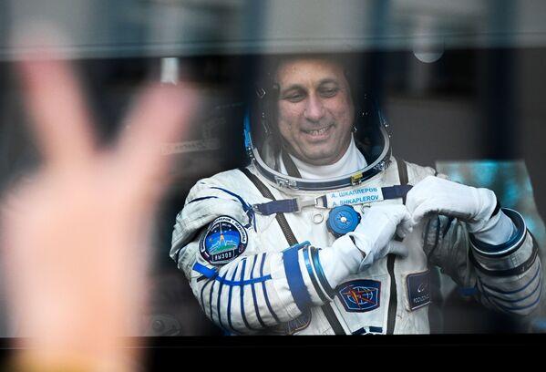 Le commandant Anton Chkaplerov (sur la photo) a fait savoir que l'actrice et le metteur en scène se sentaient bien et que tous les équipements fonctionnaient correctement. - Sputnik France
