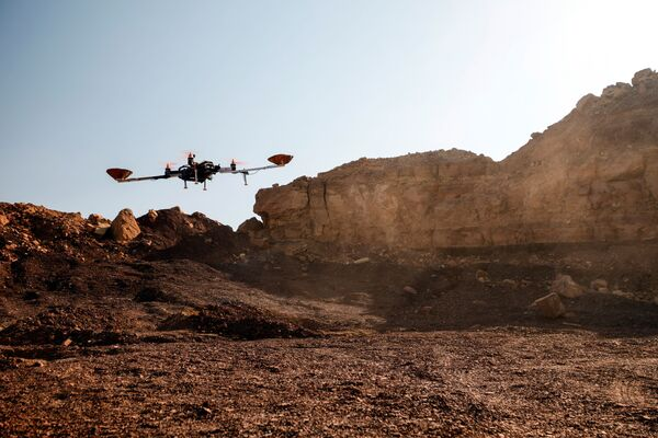 Un drone participant à la simulation des conditions de vie sur Mars dans le désert du Néguev. - Sputnik France