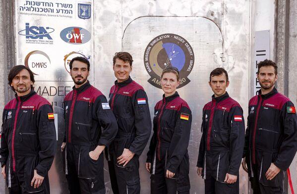 De plus, les astronautes s'entraîneront à collecter et à emballer des échantillons géologiques. - Sputnik France