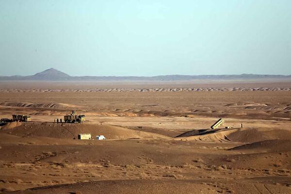 Au cours des exercices, de nouveaux systèmes de défense aérienne ont été testés avec succès: système de défense aérienne de l'armée Mersad-16 et système Tabas des forces aérospatiales du Corps des gardiens de la révolution islamique. Les systèmes, entièrement développés par des experts iraniens, ont atteint toutes les cibles de moyenne portée. - Sputnik France