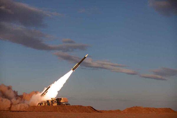 Les exercices se déroulent dans les régions désertiques du centre du pays, où se concentrent la plupart des entreprises de l'industrie nucléaire iranienne. - Sputnik France