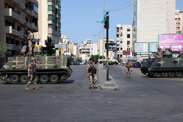Des militaires libanais dans une rue de Beyrouth. - Sputnik France