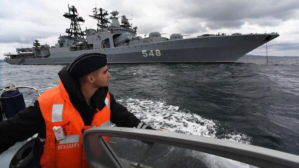 Большой противолодочный корабль Адмирал Пантелеев Тихоокеанского флота ВМФ России во время совместных российско-китайских военно-морских учений Морское взаимодействие – 2021 в Японском море - Sputnik France
