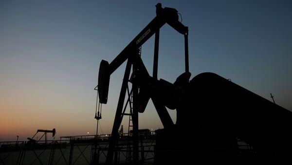 Une remontée du prix du pétrole en vue - Sputnik France