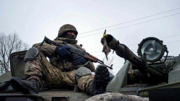 Soldat ukrainien - Sputnik France
