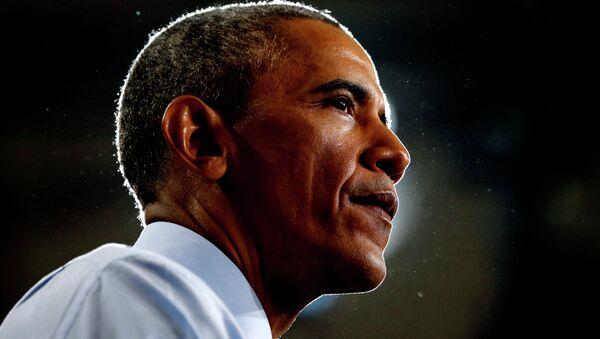 U.S. President Barack Obama pauses while speaking during a visit to the University of Kansas in Lawrence, Kansas January 22, 2015 - Sputnik France