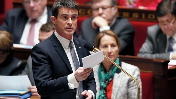 French Prime Minister Manuel Valls speaks during a session of questions to the government, on February 4, 2015, at the French National Assembly in Paris. - Sputnik France