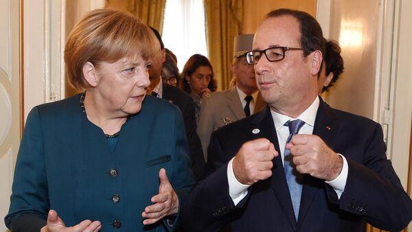 La chancelière allemande Angela Merkel et le président français François Hollande (Archives) - Sputnik France