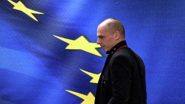 New Greek Finance Minister Yanis Varoufakis attends a handover ceremony in Athens on January 28, 2015 - Sputnik France