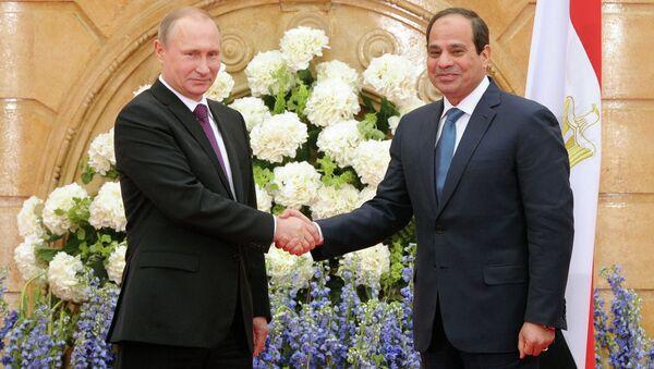 Визит президента РФ В.Путина в Египет. День второй - Sputnik France