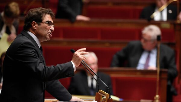 Head of UMP parliamentary group at the French national assembly Christian Jacob delivers a speech during the debate held prior to parliamentary vote of confidence over the government's economic reforms, on February 19, 2015 at the French national Assembly in Paris. - Sputnik France