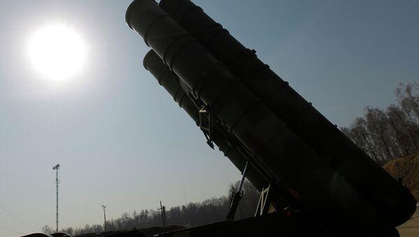 Зенитно-ракетный комплекс (ЗРК) С-400 Триумф - Sputnik France