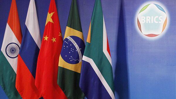 Drapeaux des BRICS - Sputnik France