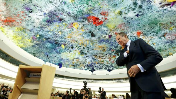 Russian Foreign Minister Sergei Lavrov prepares to addresses the 28th Session of the Human Rights Council at the United Nations in Geneva March 2, 2015. - Sputnik France