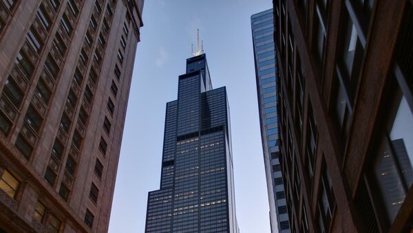 Willis Tower at night in Chicago from the corner of adams and Wells - Sputnik France
