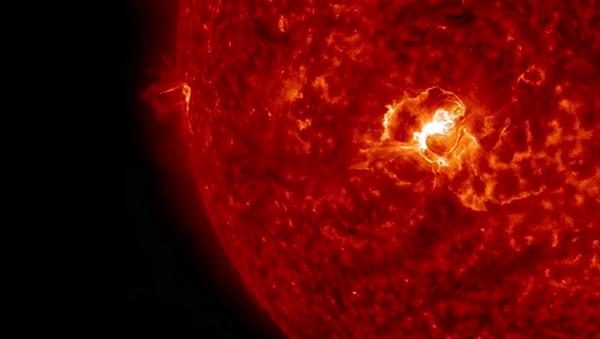 La plus grosse éruption solaire de l'année - Sputnik France