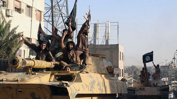 Islamic State fighters parade - Sputnik France