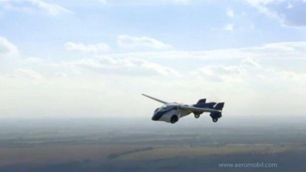 Présentation d'une voiture volante - Sputnik France