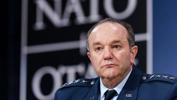 General Philip M. Breedlove - Sputnik France