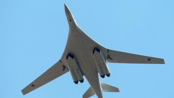 Bombardier stratégique Tu-160 (Blackjack) - Sputnik France