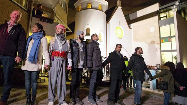 Muslims join hands - Sputnik France