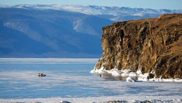 Beaux paysages russes: île Olkhon sur le lac Baïkal - Sputnik France