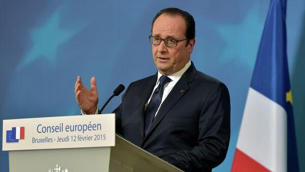 France's President Francois Hollande addresses a news conference after an European Union leaders summit in Brussels February 12, 2015. - Sputnik France