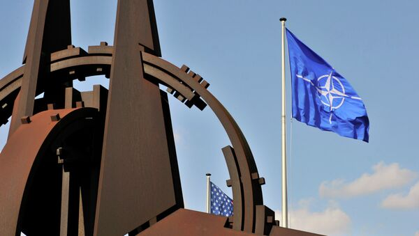 NATO flag in the wind at the NATO headquarters in Brussels - Sputnik France