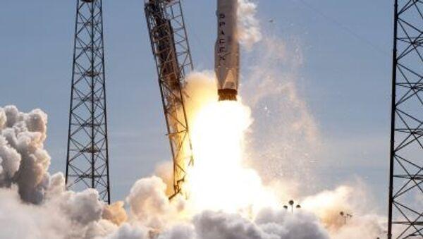 Tir du lanceur Falcon 9 - Sputnik France