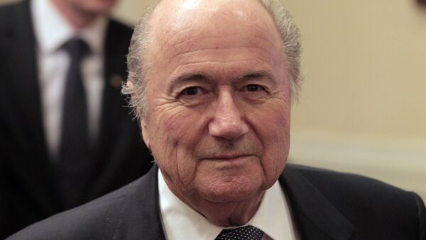 FIFA President Joseph Blatter participating in the signing of a declaration granting Russia the official status of the FIFA 2018 World Cup host - Sputnik France
