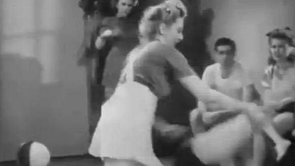 Autodéfense pour femmes en 1947 - Sputnik France