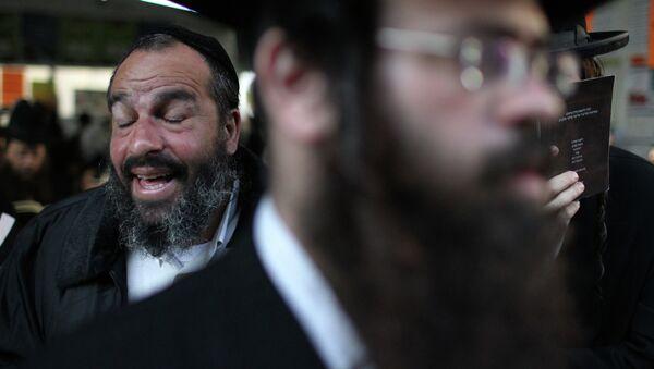 Около 40 тысяч хасидов отпразднуют в Умани еврейский Новый год - Sputnik France