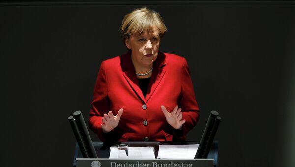 German Chancellor Angela Merkel gives a speech during a debate at the Bundestag - Sputnik France