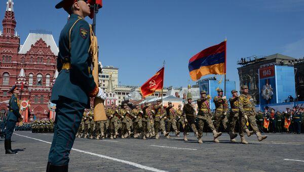 Генеральная репетиция военного парада в ознаменование 70-летия Победы в Великой Отечественной войне 1941-1945 годов - Sputnik France
