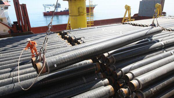 Строительство морского участка газопровода Джубга - Лазаревское - Сочи в акватории Черного моря - Sputnik France