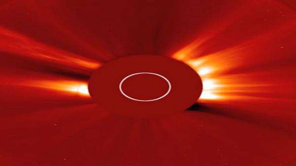 Une éruption solaire - Sputnik France