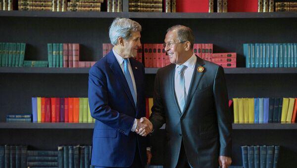 Lavrov et Kerry - Sputnik France