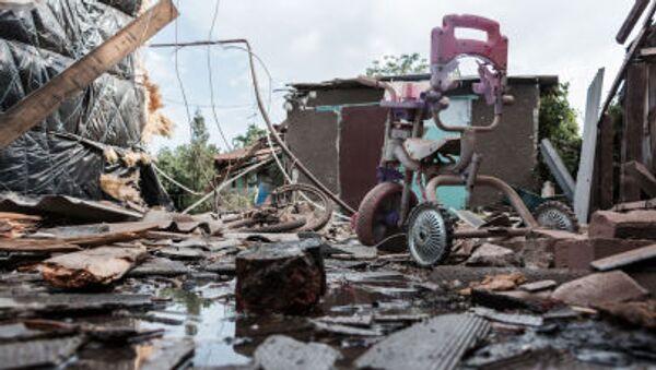 Последствия обстрела Горловки в Донецкой области - Sputnik France