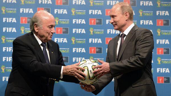 Joseph Blatter et Vladimir Poutine - Sputnik France