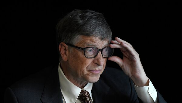 US billionaire philanthropist Bill Gates of the Bill & Melinda Gates Foundation is pictured at an interview with AFP in Berlin on January 27, 2015 where he attends the donor conference of the Gavi Alliance, a public-private partnership bringing vaccines to poor countries. - Sputnik France
