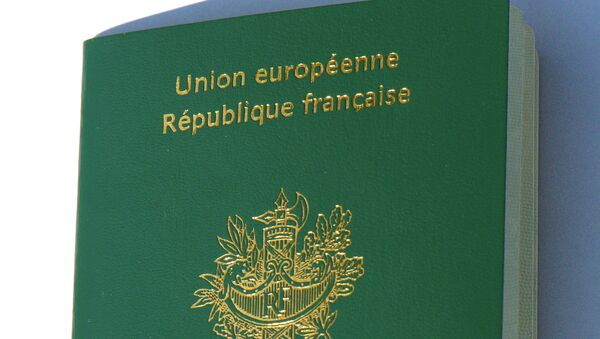 Passeport français - Sputnik France