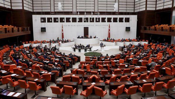 Turkish Parliament convenes to vote on a motion in Ankara, Turkey - Sputnik France